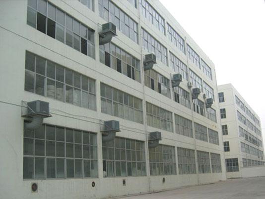 回兴服装厂安装冷风机